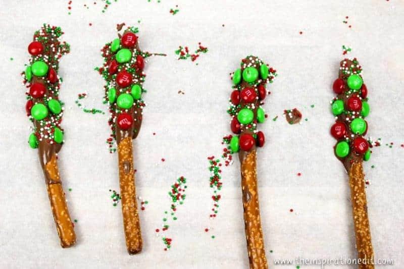 Christmas Pretzel rods