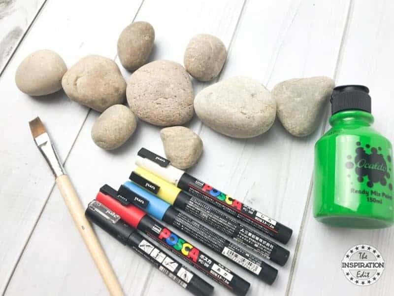 crocodile rock stone art idea and rock painting ideas