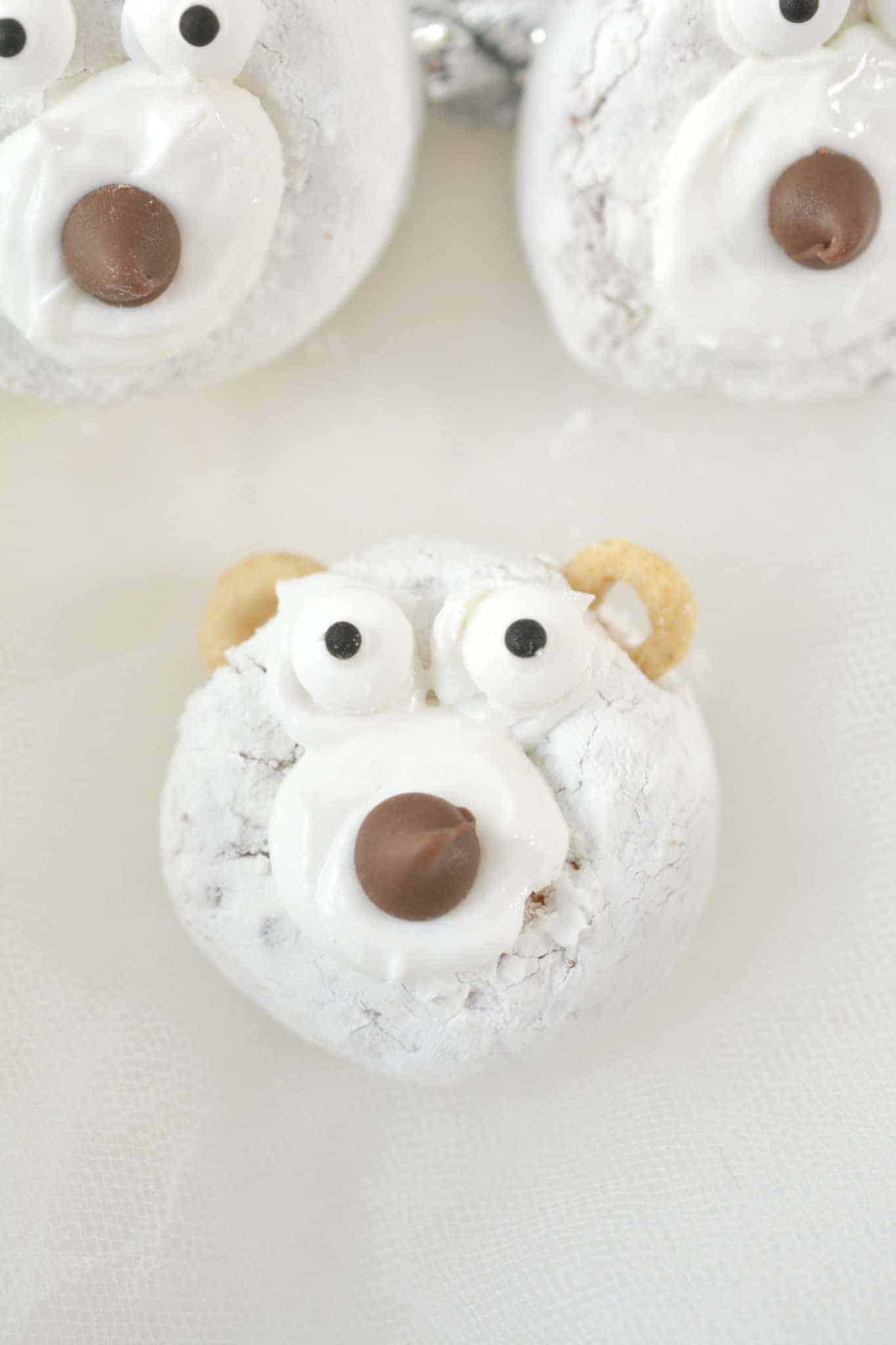 polar bear christmas donut idea