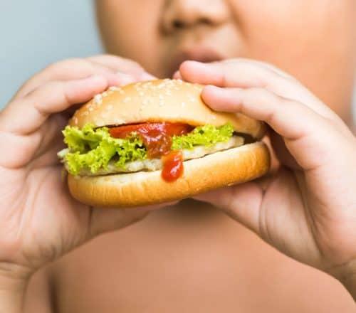 obesità infantile, cause e conseguenze sulla salute