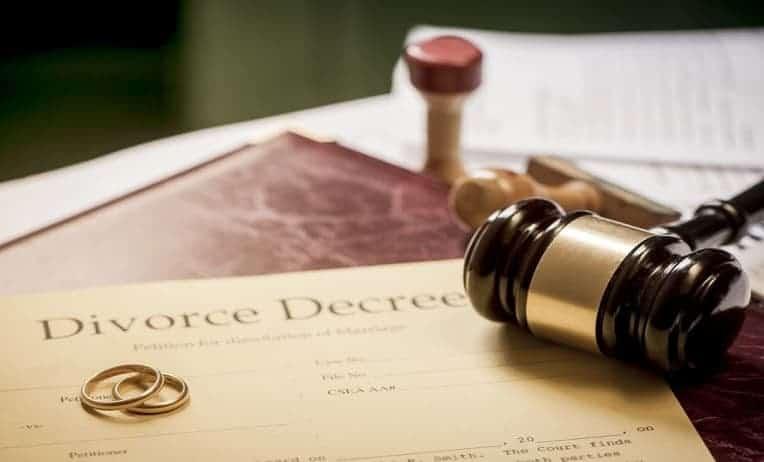 كم تستغرق قضية الطلاق للضرر في الإمارات