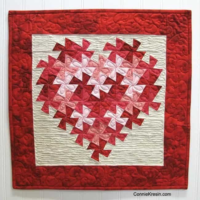Twisting Heart quilted wall hanging tutorial