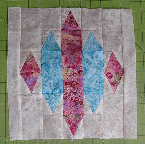Blue Sapphire quilt pattern baby quilt in Marblehead quilt block