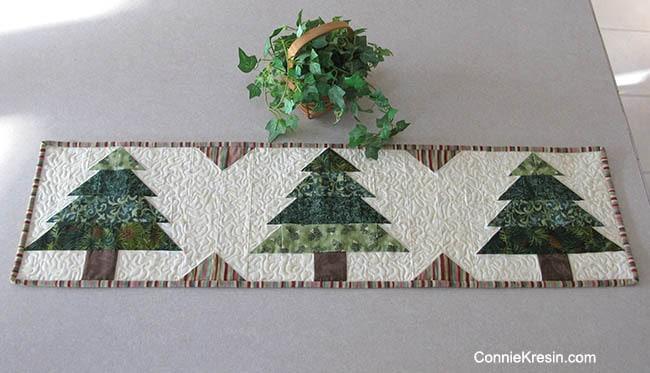 Christmas Tree Table Runner free pattern