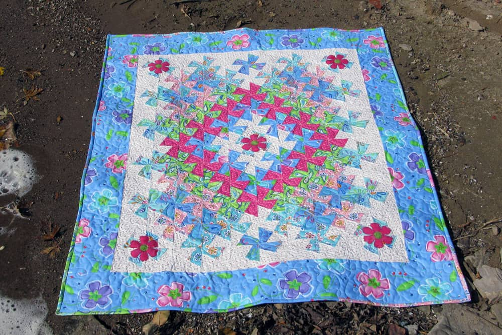 Worldly Lil Twister quilt tutorial