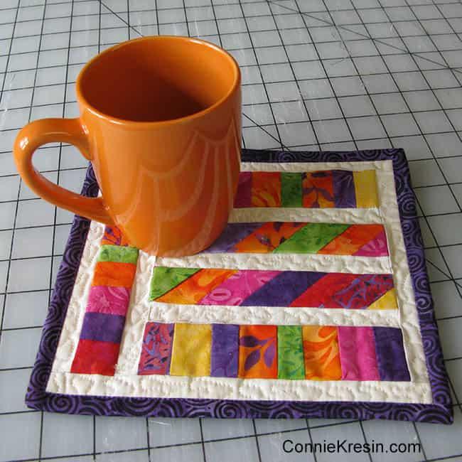 Angled Strips Mug Rug tutorial