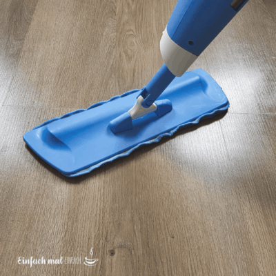 Selbstgemachter Fußbodenreiniger – 3 Rezepte für den Bodenwischer