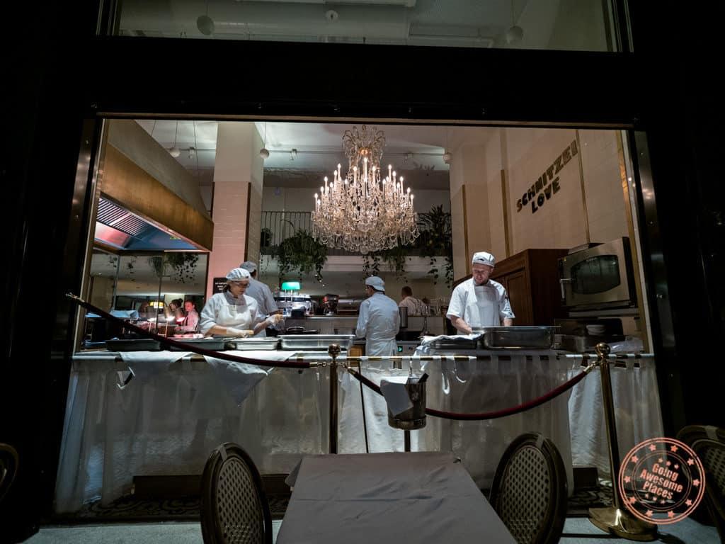 meissl schadn show kitchen schnitzel
