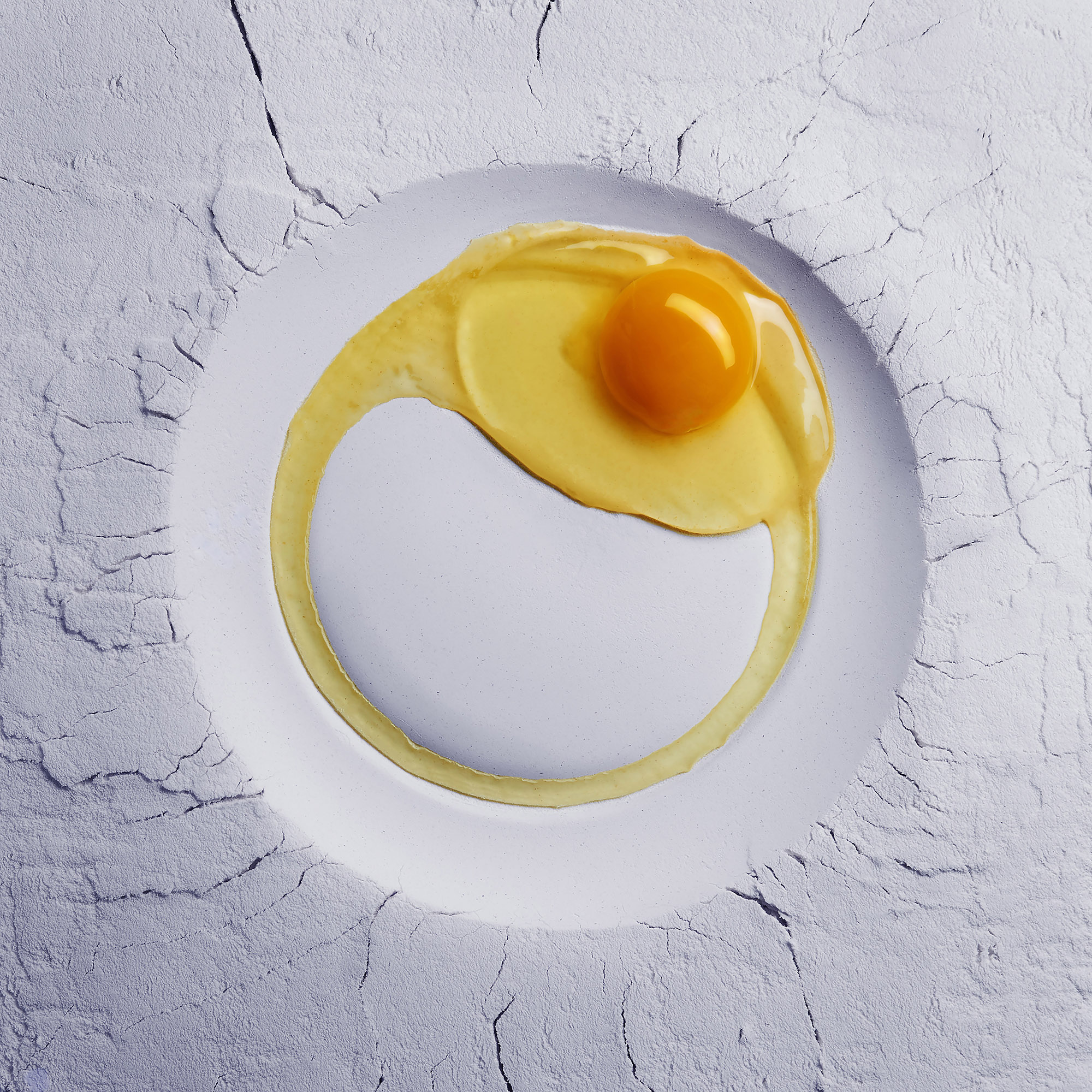 Ian Knaggs Commercial Still Life Photographer - Flour and Egg Plate
