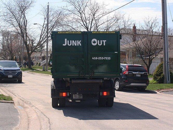 Junk bin rental