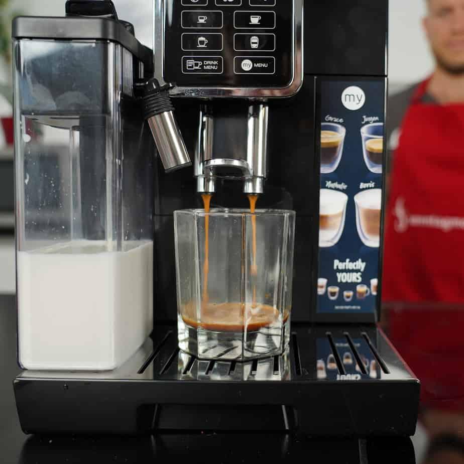 DeLonghi ECAM 350.55.B - Espressobezug