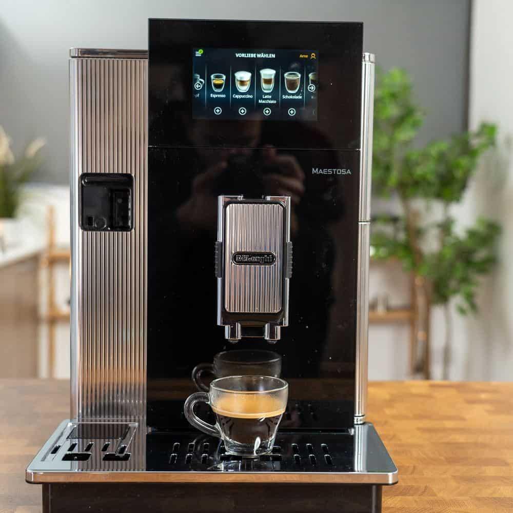 Delonghi Maestosa Kaffeevollautomat - Espressobezug