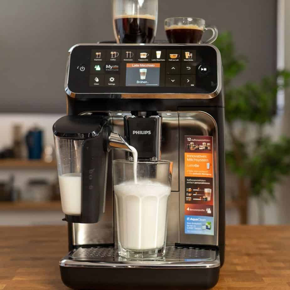 Philips EP5447 90 LatteGo Kaffeevollautomat Uebersicht