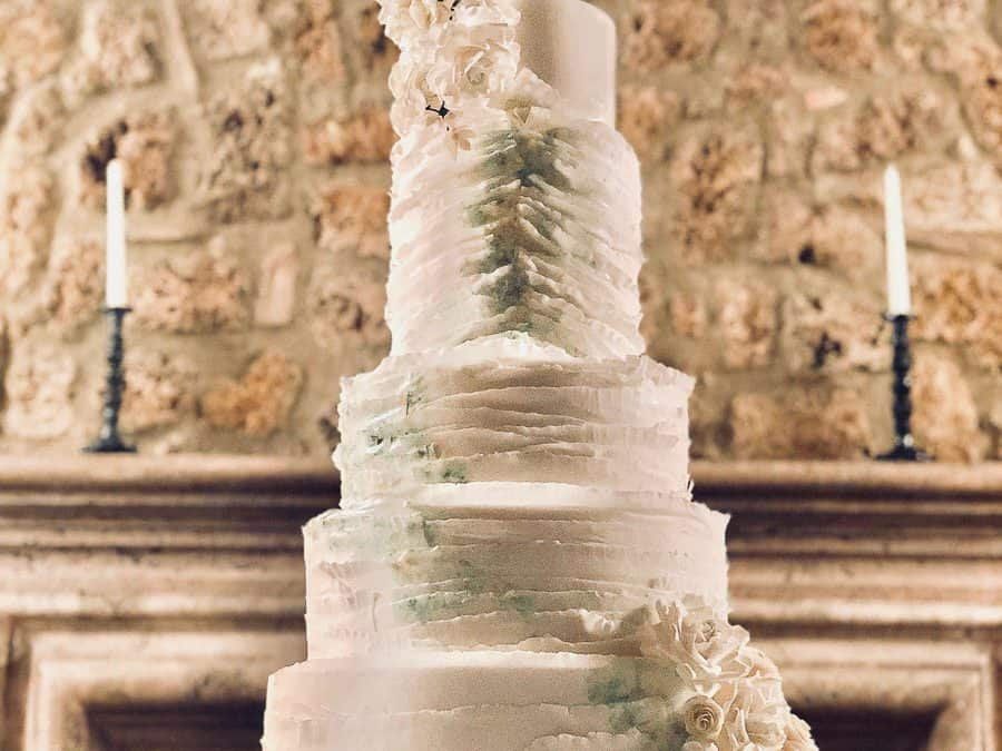 Borgo Santo Pietro Wedding Cake – Watercolor Ruffles
