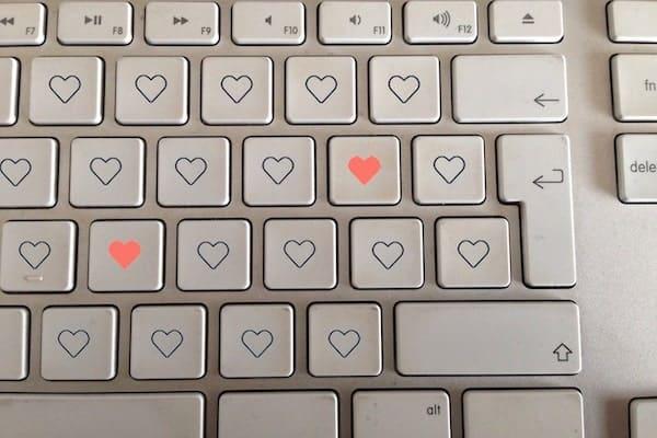 Mejor web de citas, trucos para encontrarla