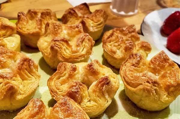 photo kouign amann French pastry viennoiserie