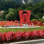 V cast Primozu Roglicu krozisce v Zagorju odeto v rdeco barvo1