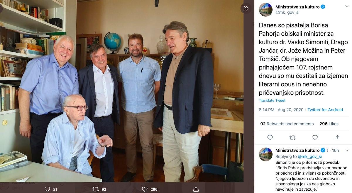 Brez mask brez fizicne distance minister Vasko Simoniti Drago Jančar Jože Mozina Peter Tomsic na obisku pri Borisu Pahorju