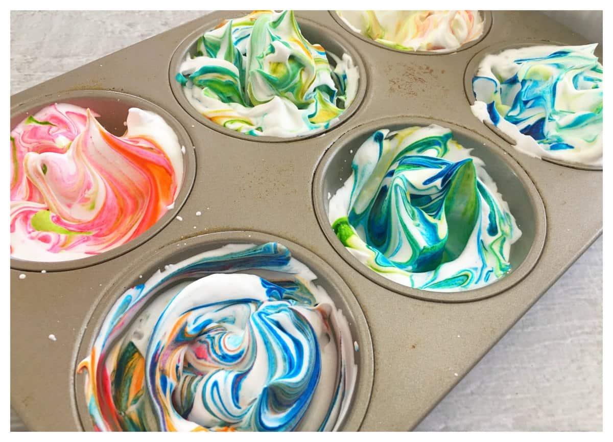How to Dye Easter Eggs Using Shaving Cream