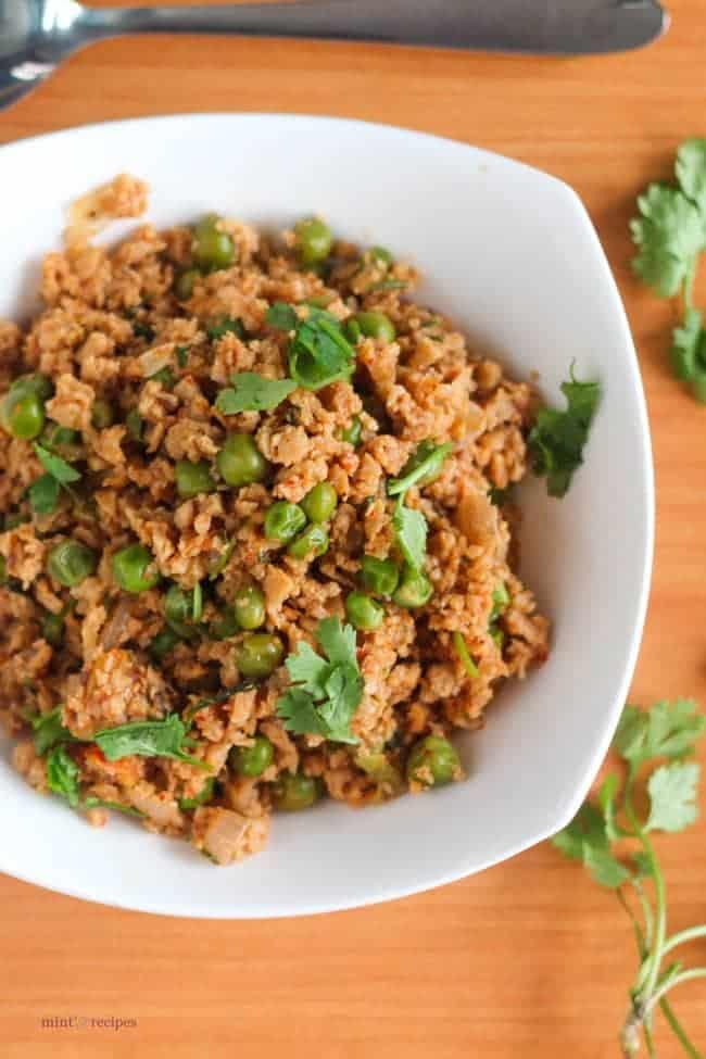 Dry Soya Peas | A quick and easy healthy recipe | www.minstrecipes.com