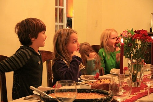 Kids and Thanksgiving: tips to reduce stress