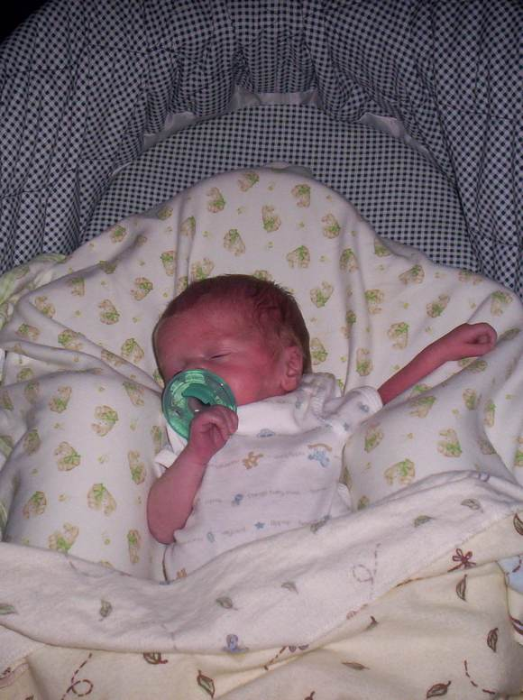 parenting-tips-co-sleeping-with-your-baby
