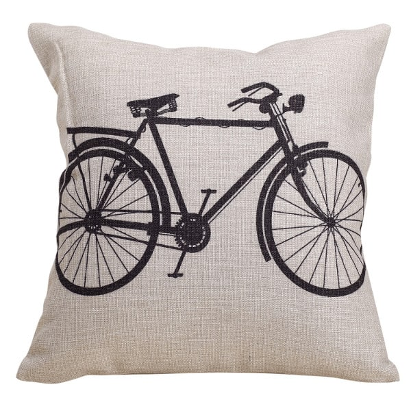 Bicycle Pilow : A lovely bedroom idea for girls
