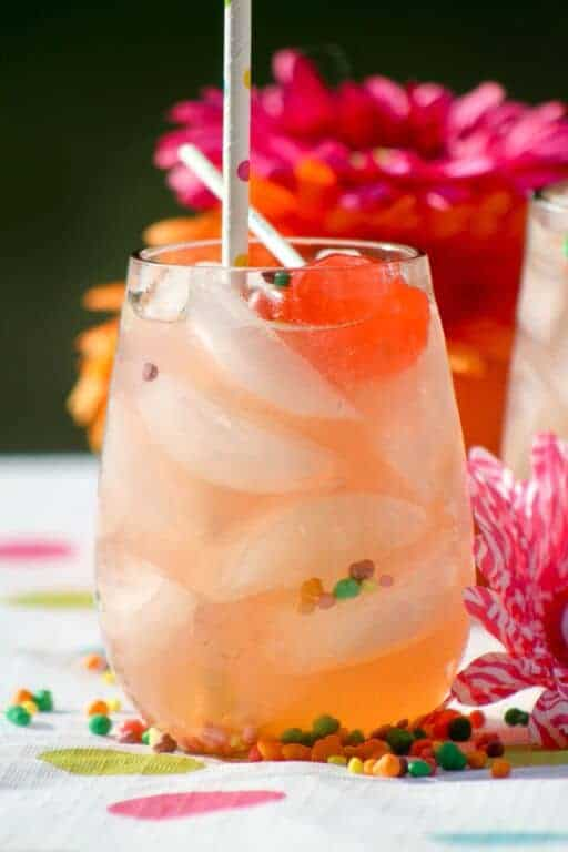 Looking for a fun virgin drink? How about a cute summer drink recipe for kids? Both adults and kids will love our tropical strawberry lemonade summer drink!