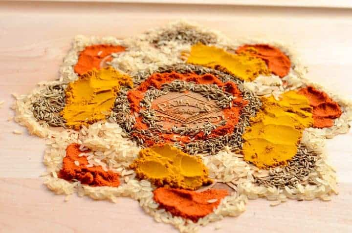 Celebrate the meaning of Diwali with a delicious seafood spaghetti recipe made with Patak's butter chicken sauce, plus learn how to make a Rangoli craft!