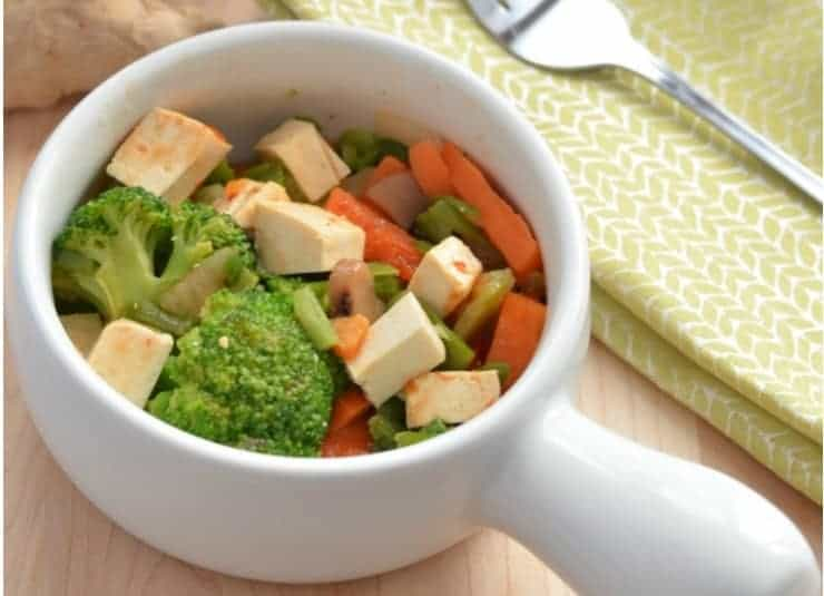 Looking for an amazing vegetarian recipe? Whip up this delicious & easy sweet and sour tofu stir fry tonight! Even meat lovers will dive in!