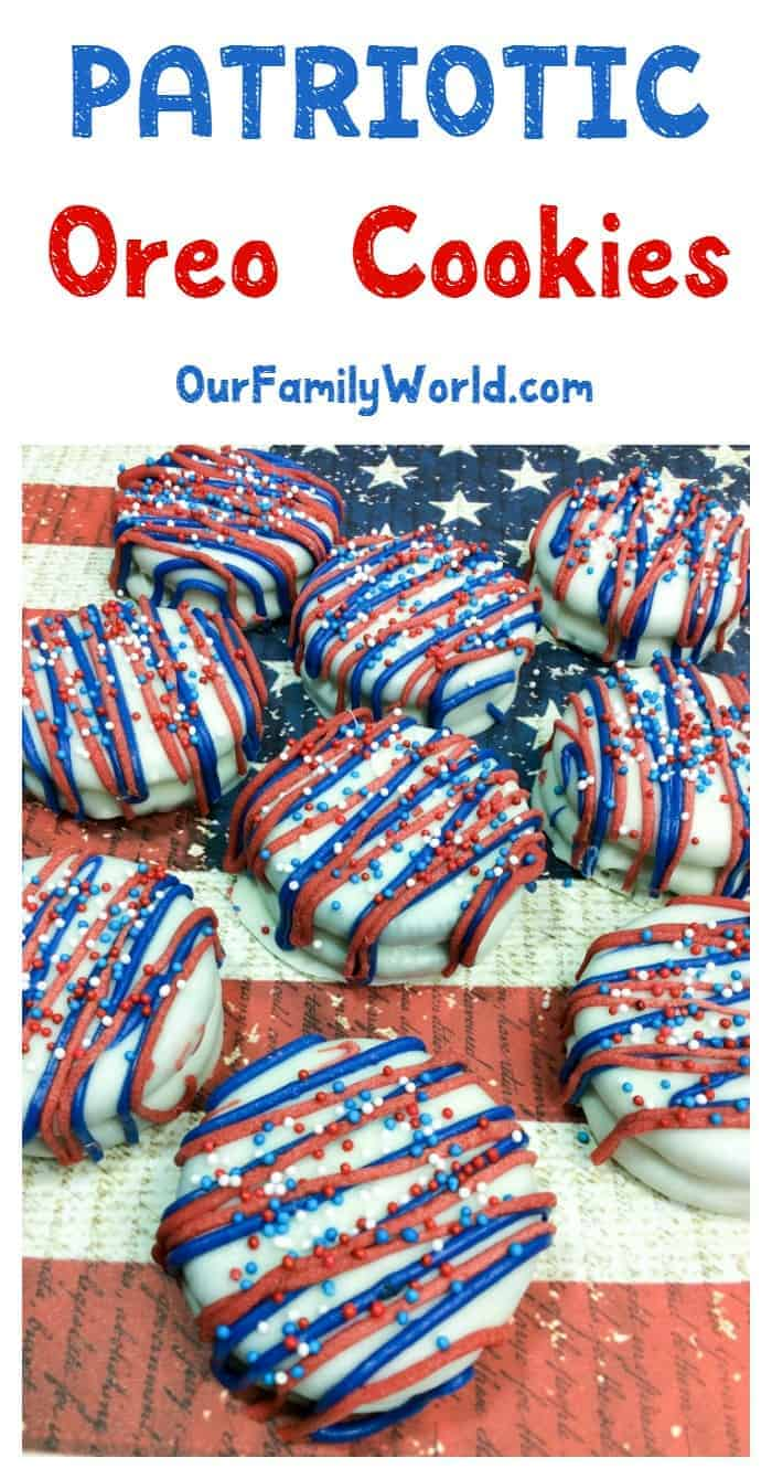 Wow your 4th of July party guests with an amazing dessert without spending hours in the kitchen! You're going to love our patriotic Oreo cookies recipe!
