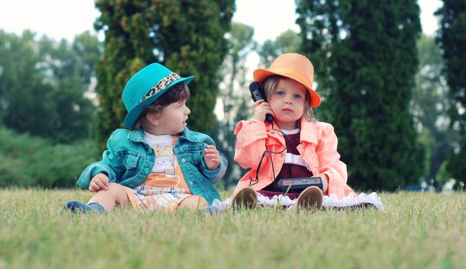 Looking for ways to boost your toddler's speech? Check out these five easy parenting tips for helping your tiny tots overcome a speech delay!