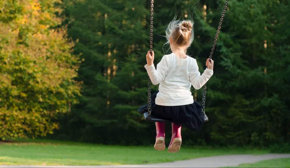 Is there a difference between ADHD in girls and boys? Find out how it affects your daughter and how best to help her cope!