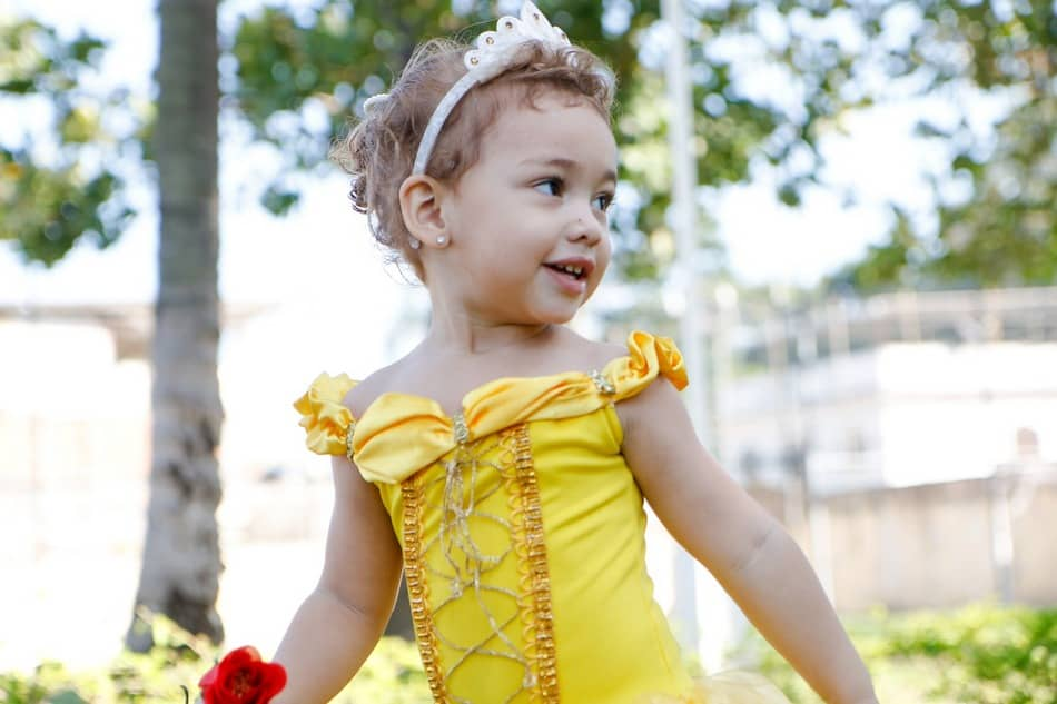 Planning on taking your toddler to Disney World? Here are 8 things you need to know before you go if you want to prevent meltdowns from ruining your family vacation!