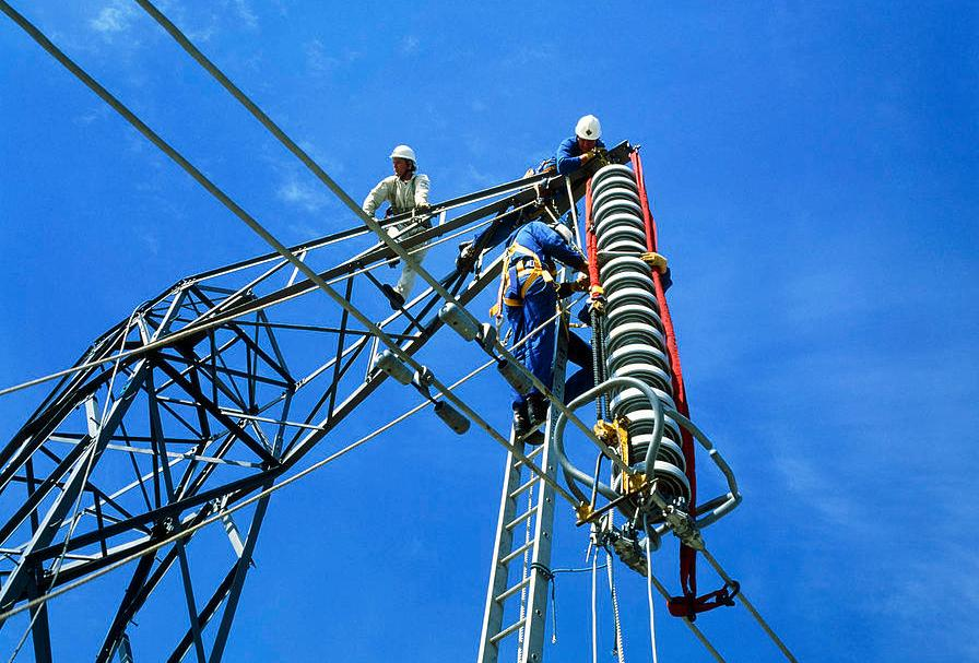 OverIT Operations Research Algorithms Field Service Maintenance High-Voltage Networks