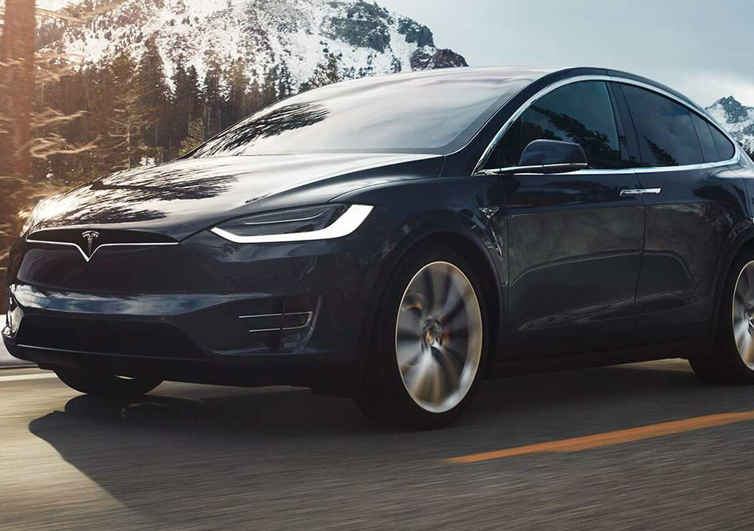 Tesla e OverIT, la mobilità del futuro