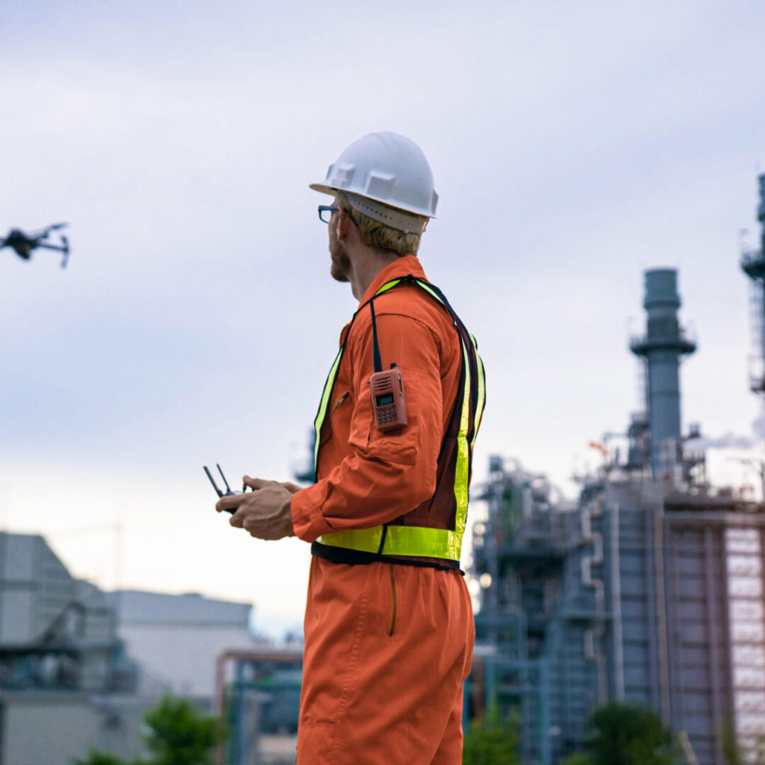 Integrating Drones Inspections in Your Field Service Management Process [Key Benefits]
