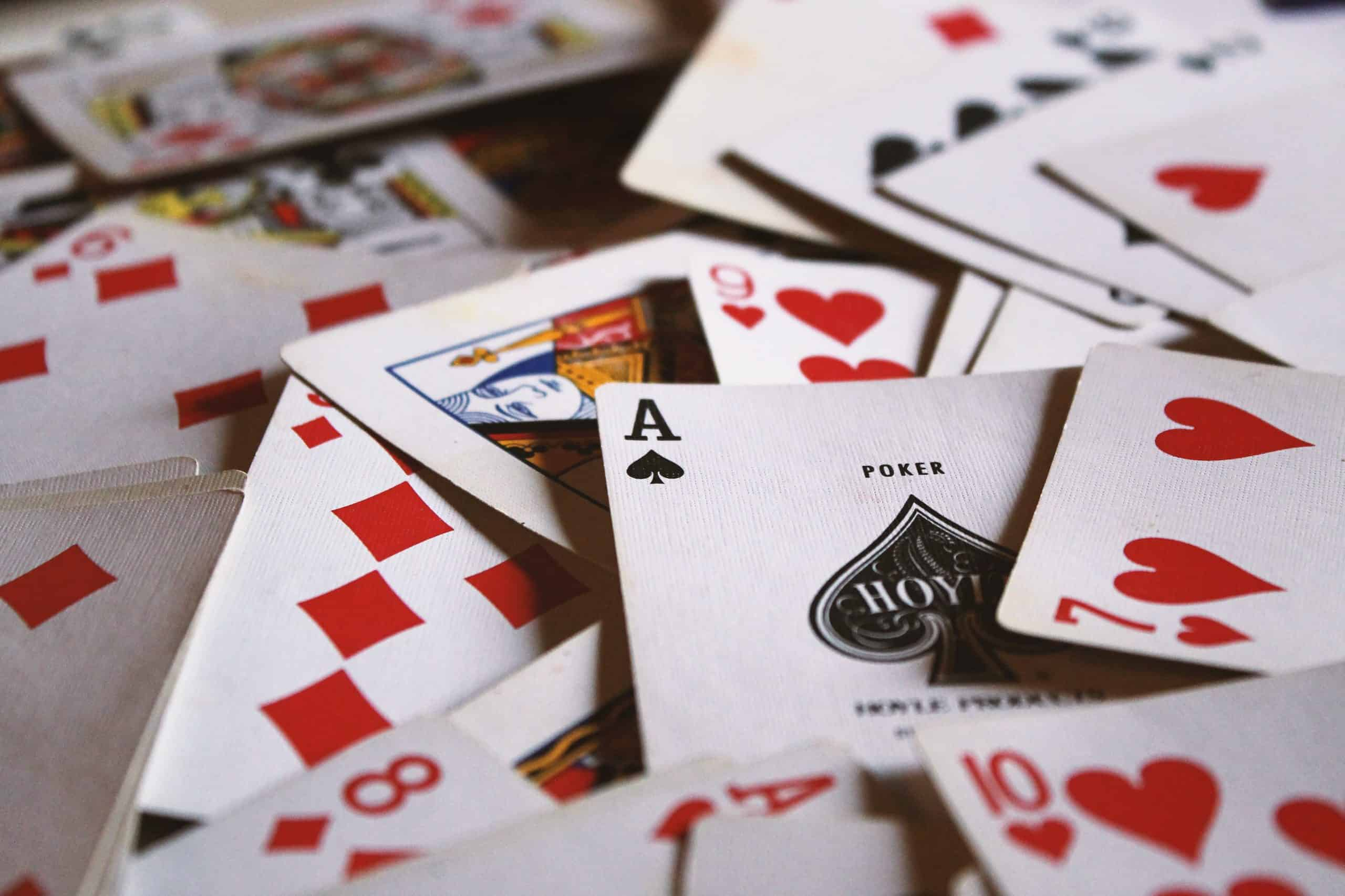 4 of the Best Sleight of Hand Magicians from Penn and Teller