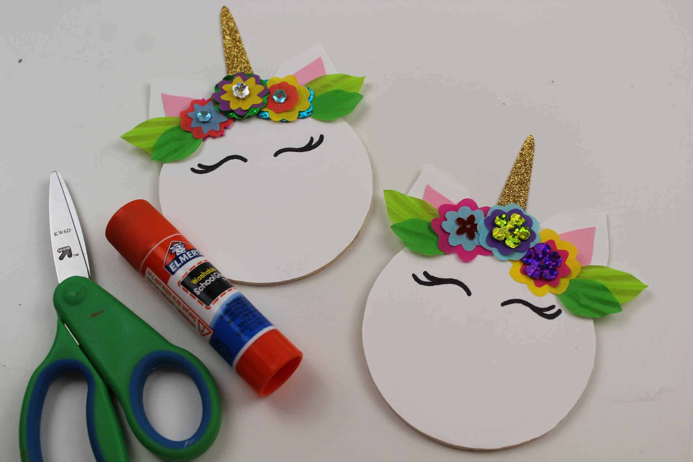 making a unicorn craft magnet