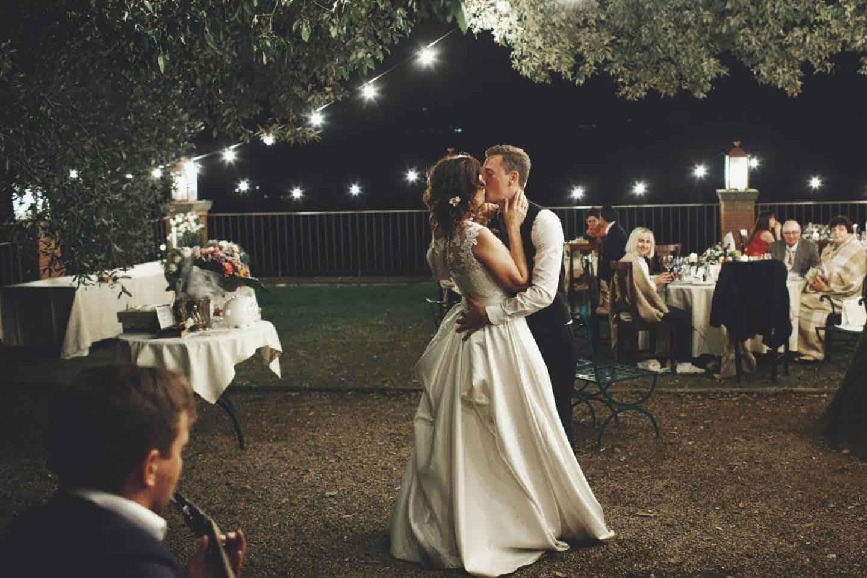 7 Novel Wedding Ideas
