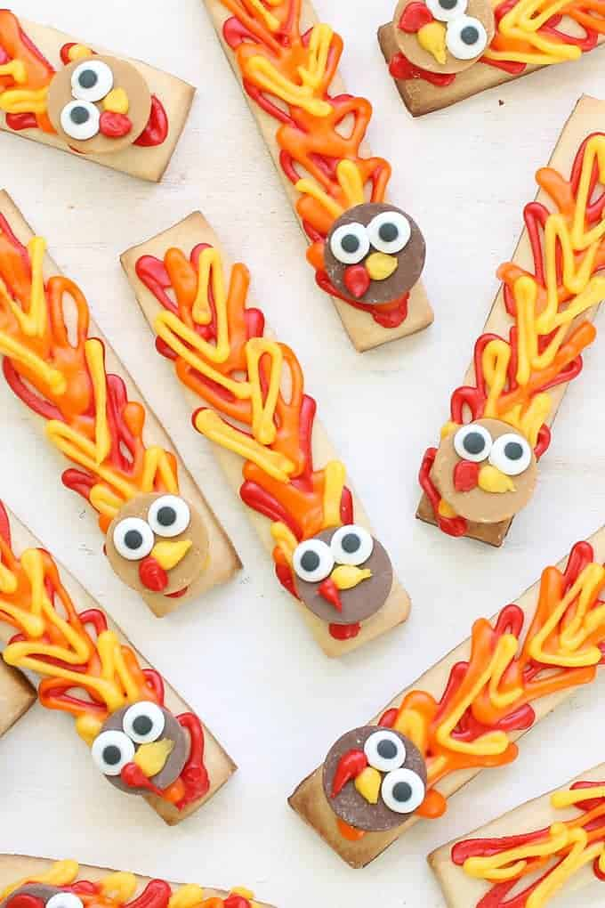 thanksgiving-turkey-cookie-sticks-image
