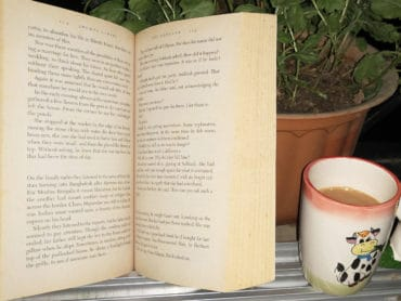 How Reading Books Can Bring Back Positivity To Your Life