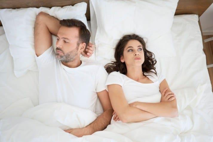 men dissatisfied in bed
