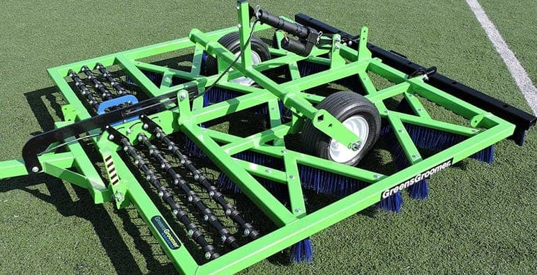 926 Integrated Synthetic Sports Turf Groomer