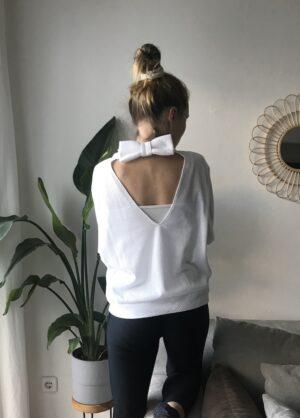 Bio Pullover mit Rückenausschnitt und Schleife - Mesh - Weiß - mit Leggings