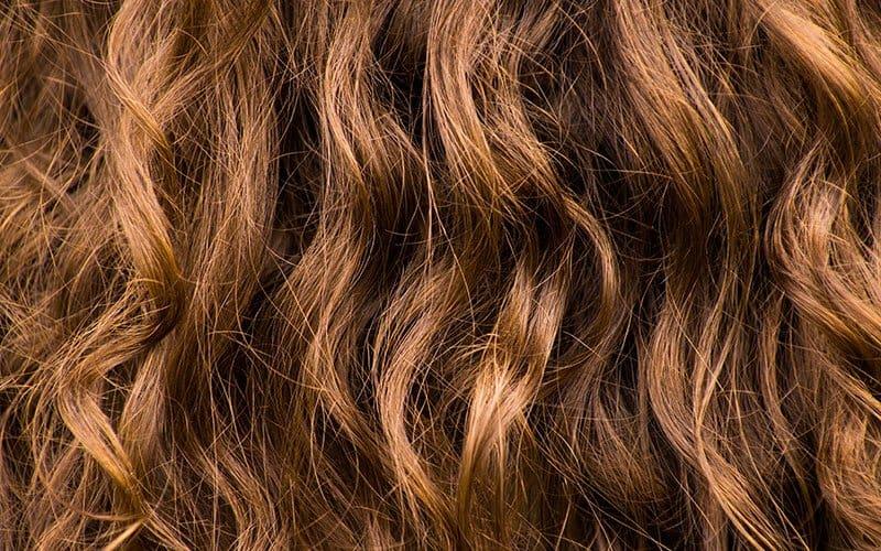 Comprendre la porosité de vos cheveux
