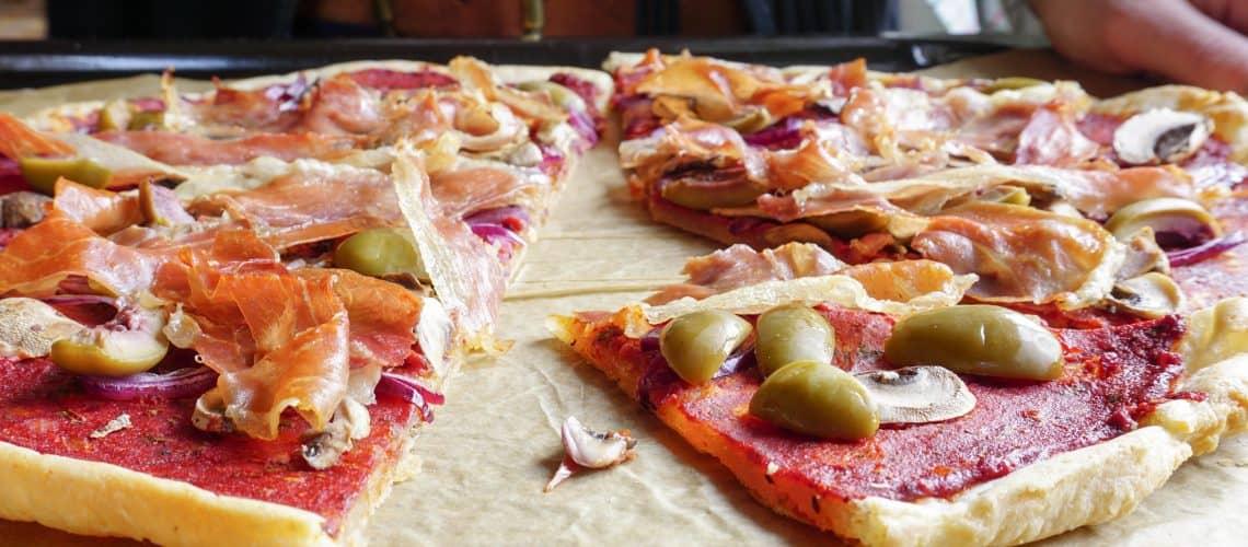 Cassavapizza – pizzabotten av cassava (AIP)