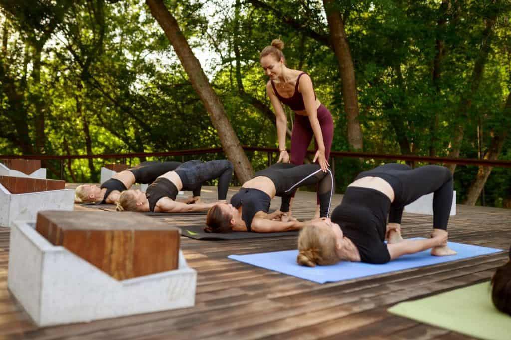 Posture de yoga Dwi Pada Pitham