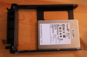 ds-380-tray-with-ssd