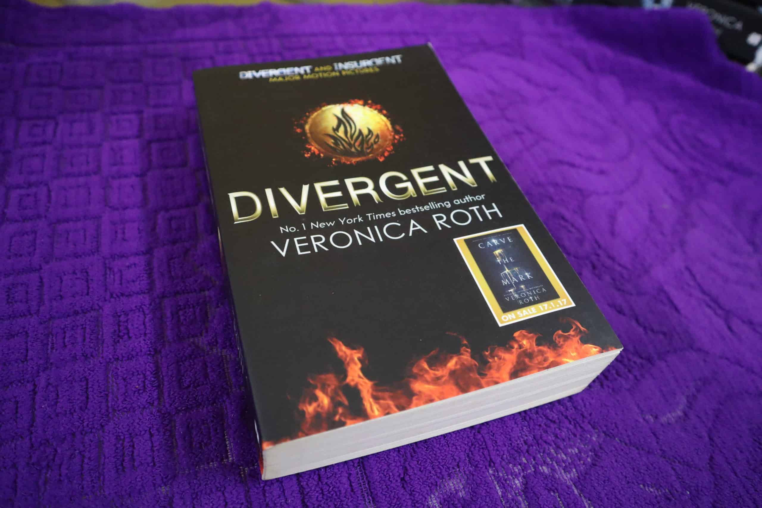Divergent By Veronica Roth Author Book Novel Review Rating